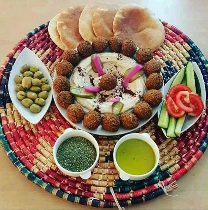 falafel plate.jpg